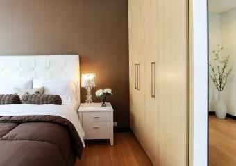Postel - ložnice - skříň - pxb