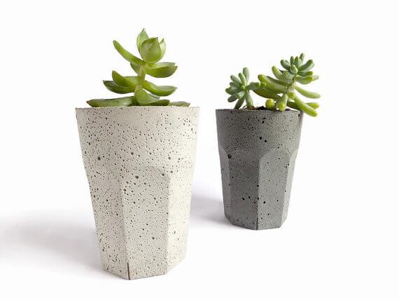 etsy -BetonDeko - betonový květináč