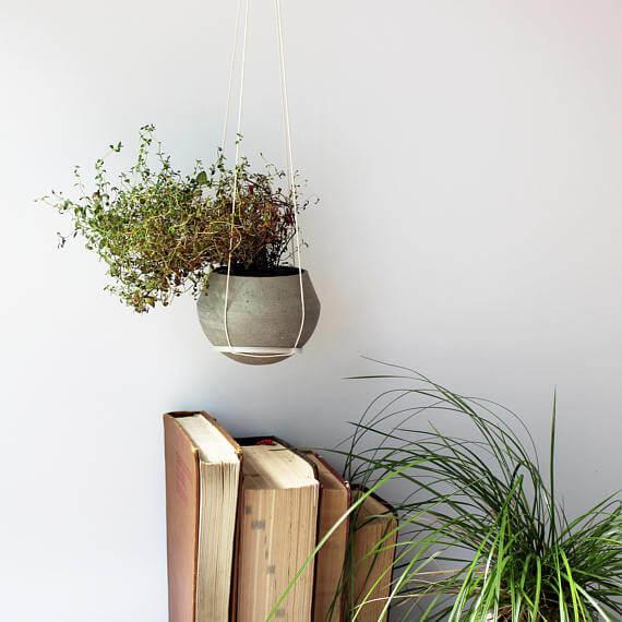 etsy -MaumaiStudio - betonový květináč